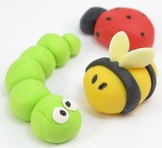 Fun with bugs - heps of great ideas! Including:The Decorated Cookie easy fondant bugs