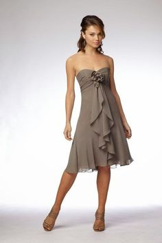 Sweetheart chiffon bridesmaid dress with empire waist Very cute for young women