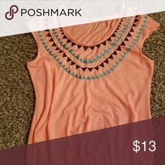 Womens Sleeveless Shirt Like new condition. Worn only once. Maurices Tops Tunics