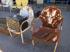 Fantastic Pair Of 1930's Art Deco Style Vintage Lawn Chairs 127 Yard Sale, Nashville Flea Market, Metal Lawn Chairs, Rusty Metal, Old Windows, Vintage Chairs, Art Deco Fashion, Vintage Home Decor, Fleas