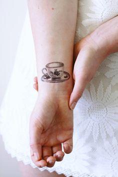 Tatouage temporaire de petite tasse de thé / thé temporaire