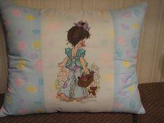Pillow-textile painting. Sarah Kay pilt