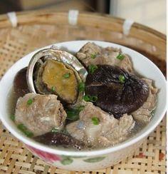 Abalone mushroom spareribs soup