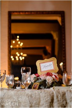 Suzanna March Photography #AldenCastle #ModernVintage #Wedding #Details #PlaceSetting #Linens #MenuCards #Centerpiece #Flowers #TableNumbers