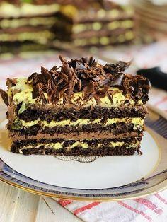 Dessert Cake Recipes, No Bake Desserts, Healthy Desserts, Romanian Desserts, Italian Desserts, Sweet Bakery, Something Sweet, Food To Make, Cupcake Cakes