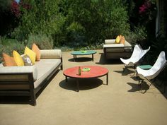 Parker Palm Springs outdoor lounge