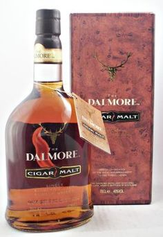 Old style bottling of The Dalmore Cigar Malt. Single Malt Scotch Whisky