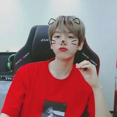 Find images and videos about cute, exo and baekhyun on We Heart It - the app to get lost in what you love. Kim Hoseok, Kim Jimin, Kim Jongdae, Chanbaek, Exo Ot12, Kaisoo, Kpop Exo, Chanyeol Baekhyun, Chen