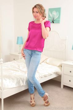 This woman is hot with her high heels, jeans, and pantyhose feet