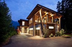 Luxury Chalet in Ski Resort Whistler, British Columbia, Canada