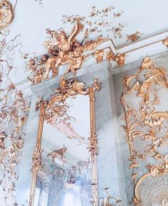 aesthetic Get inspired by gold decorations for your design projects, for more inspiration take a loo Baroque Architecture, Beautiful Architecture, Architecture Awards, Interior Architecture, Collage Des Photos, Angel Aesthetic, Rose Gold Aesthetic, Aesthetic Black, Aesthetic Art