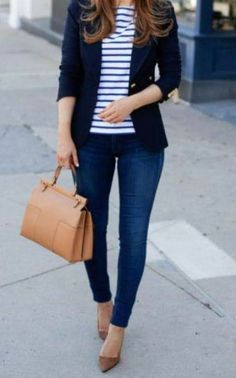 Blazer Outfits Casual, Classy Outfits, Chic Outfits, Fashion Outfits, Striped Blazer Outfit, Trajes Business Casual, Business Casual Jeans, Look Blazer, Blazer With Jeans