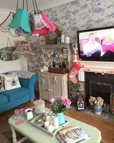 I do love a Saturday spent at home; schoolwork done, food shop done, washing basket almost empty! Now for a don't tell the bride marathon and Chinese later  #iloveweekends #shabbychichome #welshdresser #chesterfieldsofa #chandelier #upcycled #myvintagehome