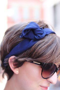 vintage-inspired hair accessories