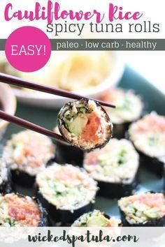 These cauliflower rice spicy tuna rolls are the perfect paleo sushi alternative! #wickedspatula #paleo #lowcarbsushi