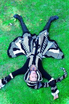 Katwise Elf Coat -Black and white stiped coat made from recycled sweaters - TUTORIAL