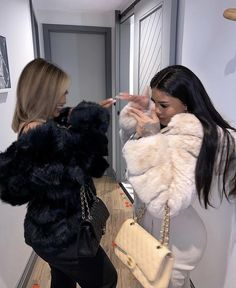 Best Friend Outfits, Best Friend Photos, Best Friend Goals, Cute Swag Outfits, Stylish Outfits, Fashion Outfits, Calin Couple, Vetement Fashion, Girly