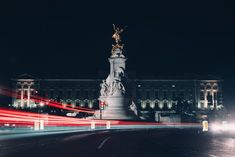 See the best 2159 free high-resolution photos of Travel. Best Funny Pictures, Buckingham Palace, Statue Of Liberty, Travel Photos, Westminster, Infinity, Tokyo, Fair Grounds, England