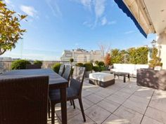 Near the Arc de Triumph on one ofthe higher floors this spacious apartment offers a beautiful view of Paris,