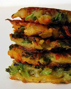 A quick version of potato patty with grated potatoes and fresh cilantro, shallow fried golden brown! Vegetable Recipes, Vegetarian Recipes, Snack Recipes, Cooking Recipes, Curry Recipes, Indian Food Recipes, Asian Recipes, Indian Appetizers, Indian Snacks