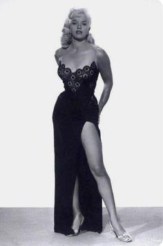 Diana Dors Black Lace and Satin Dress B/W Photograph Diana Dors, Classic Actresses, English Actresses, British Actresses, Vintage Hollywood, Hollywood Glamour, Classic Hollywood, Hollywood Icons, Hollywood Stars