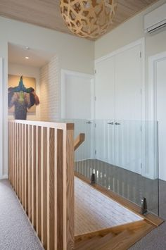 A perfect blend of materials, this open riser timber stair and screen balustrade in American Ash, adds warmth and character in this Auckland home. Balustrade Design, Railing Design, Staircase Design, Staircase Railings, Stairways, Banister Ideas, Hand Railing, Bannister, Timber Handrail