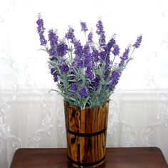 Home Décor: Artificial Flowers Artificial Flowers And Plants, Decoration, Planting Flowers, Glass Vase, Things To Sell, Home Decor, Homemade Home Decor, Decorating, Dekorasyon