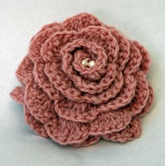 Learn to crochet with this lovely heart using British Wool and Design! http://www.seekitout.co.uk/to-make/woolly-kits.html