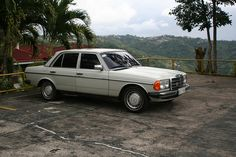 Mercedes Benz 200 W123     I actually like these automobiles