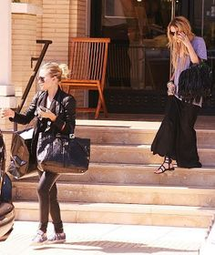 OLSENS ON A BUDGET: Olsen Twins- A day out in black leather and skirts...