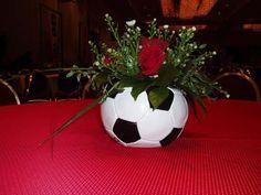 centerpiece_soccer_fs.jpg 550×413 pixels
