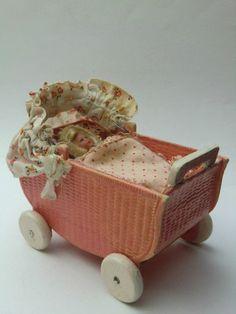 Alter Korbi-Stubenwagen geprägte Pappe mit Holzräder Karl Schreiter   eBay