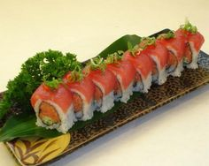 GREAT website. Has many types of sushi rolls and tells what is in each. Very good pin for when you want sushi and want to try something new.