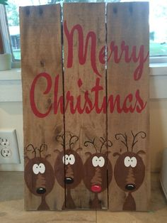Merry Christmas Reindeer pallet sign - 5 on for each family member Pallet Christmas, Noel Christmas, Rustic Christmas, Christmas Projects, Winter Christmas, Christmas Ornaments, Christmas Ideas, Reindeer Christmas, Merry Christmas Sign Diy