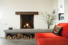 Image 5 of 28 from gallery of Connemara / Peter Legge Associates. Photograph by Sean Breithaupt & Yvette Monohan Classic Fireplace, Simple Fireplace, Open Fireplace, Fireplace Design, Fireplace Ideas, Modern Fireplaces, Stone Cottages, Stone Houses, Chimenea Simple