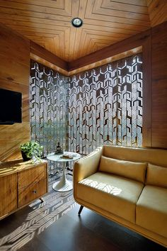 The Indian traditional interior design was picked as the vernacular of the office design interior rejecting the typical international corporate style of the off Exterior Wall Design, Office Interior Design, Office Interiors, Interior Decorating, Interior Modern, Room Interior, Interior Ideas, Design Living Room, Home Room Design