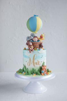 Maxs Explorer and friends themed birthday cake. Boys First Birthday Cake, Animal Birthday Cakes, Baby Birthday Cakes, Baby Boy Cakes, Jungle Theme Cakes, Safari Cakes, Cake Designs For Kids, Giraffe Cakes, Bithday Cake
