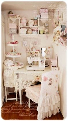 Cute sewing room-not this pink and girly tho.perfect lil craft corner for our tiny house.