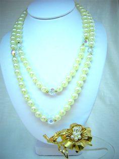 LISNER Signed FAUX PEARL CRYSTAL NECKLACE GOLDTONE BROOCH Vintage Jewelry Set…