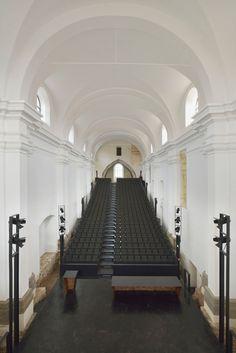 Umbau einer Klosteranlage zum Kongress- und Kulturzentrum in Ptuj - Treppen - Kultur/Bildung - baunetzwissen.de