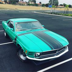 Muscle Cars Pics — @mr_van_hell   '70 Mustang Boss 302... Mustang Boss 302, Mustang Cobra, Mustang Fastback, Shelby Gt500, My Dream Car, Dream Cars, Vintage Mustang, Classic Mustang, Sexy Cars