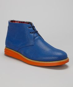 For the perfect mix of casual comfort combined with more formal style, choose this boot. A taller version of the footwear classic, this shoe gives his outfit flair while keeping his feet feeling good.