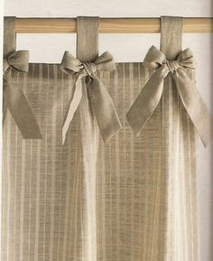 Risultati immagini per cortinas para cocina Home Curtains, Curtains With Blinds, Kitchen Curtains, Valances, Rideaux Shabby Chic, Rideaux Design, Shabby Chic Kitchen, Curtain Designs, Curtain Patterns