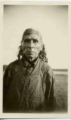 Sakamatayenew (the son of Pound Maker) - Cree - 1925