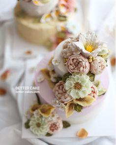 Done by HK students of BETTER CLASS www.better-cakes.com Any inquiries about BETTER CLASS, Mailbettercakes@naver.com Linebetter_cake FacebookBetter Cake Kakaotalkleesumin222 #buttercream#cake#베이킹#baking#bettercake#like#버터크림케이크#베러케익#cupcake#flower#꽃#sweet#