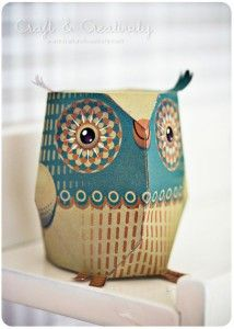 Paper Owls - the designs are from 3eyedbear and they're free to download for personal use. #3eyedbear #paper #owl