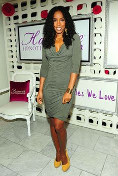 Kelly Rowland in a Splendid dress