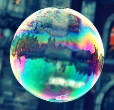 Rahmenlos: #Gefangen in einer Seifenblase