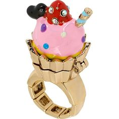 paris cupcake stretch ring by Betsey Johnson Heart Jewelry, Cute Jewelry, Unique Jewelry, Jewelry Rings, Pink Jewelry, Body Jewelry, Kawaii, Paris Cupcakes, Multi Coloured Rings