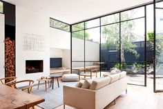 'Minimal Interior Design Inspiration' is a biweekly showcase of some of the most perfectly minimal interior design examples that we've found around the web - Interior Minimalista, Interior Design Examples, Interior Design Inspiration, Daily Inspiration, Best Living Room Design, Living Room Designs, Deco Salon Design, Interior Architecture, Interior And Exterior